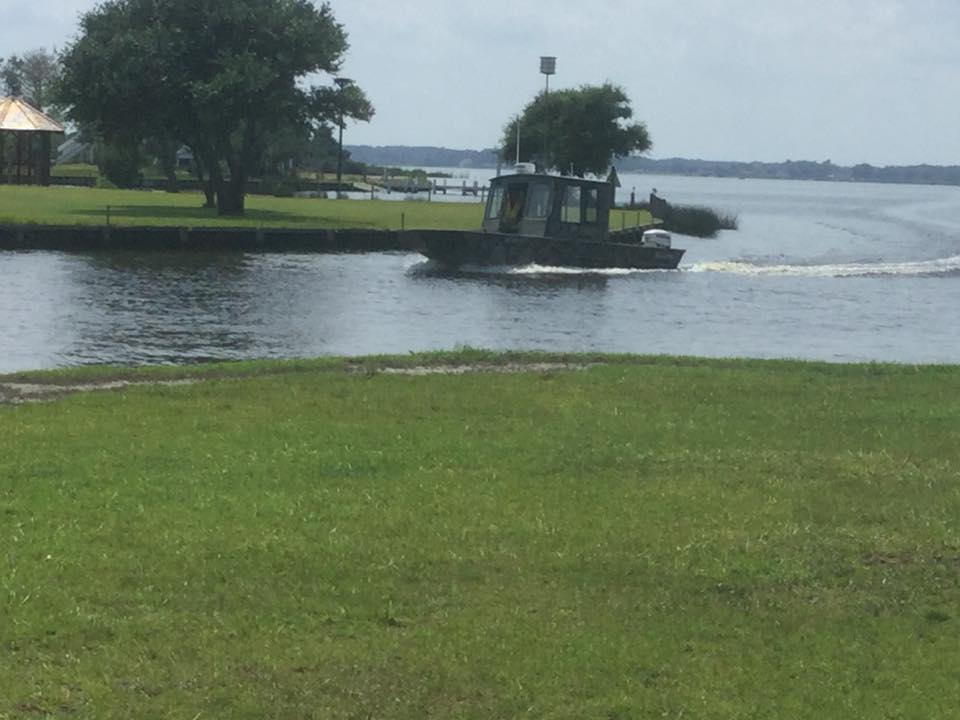 Boat & Jet ski Marine Recovery Service Currituck Sound North Beach Sea Coast Corolla Outer Banks OBX